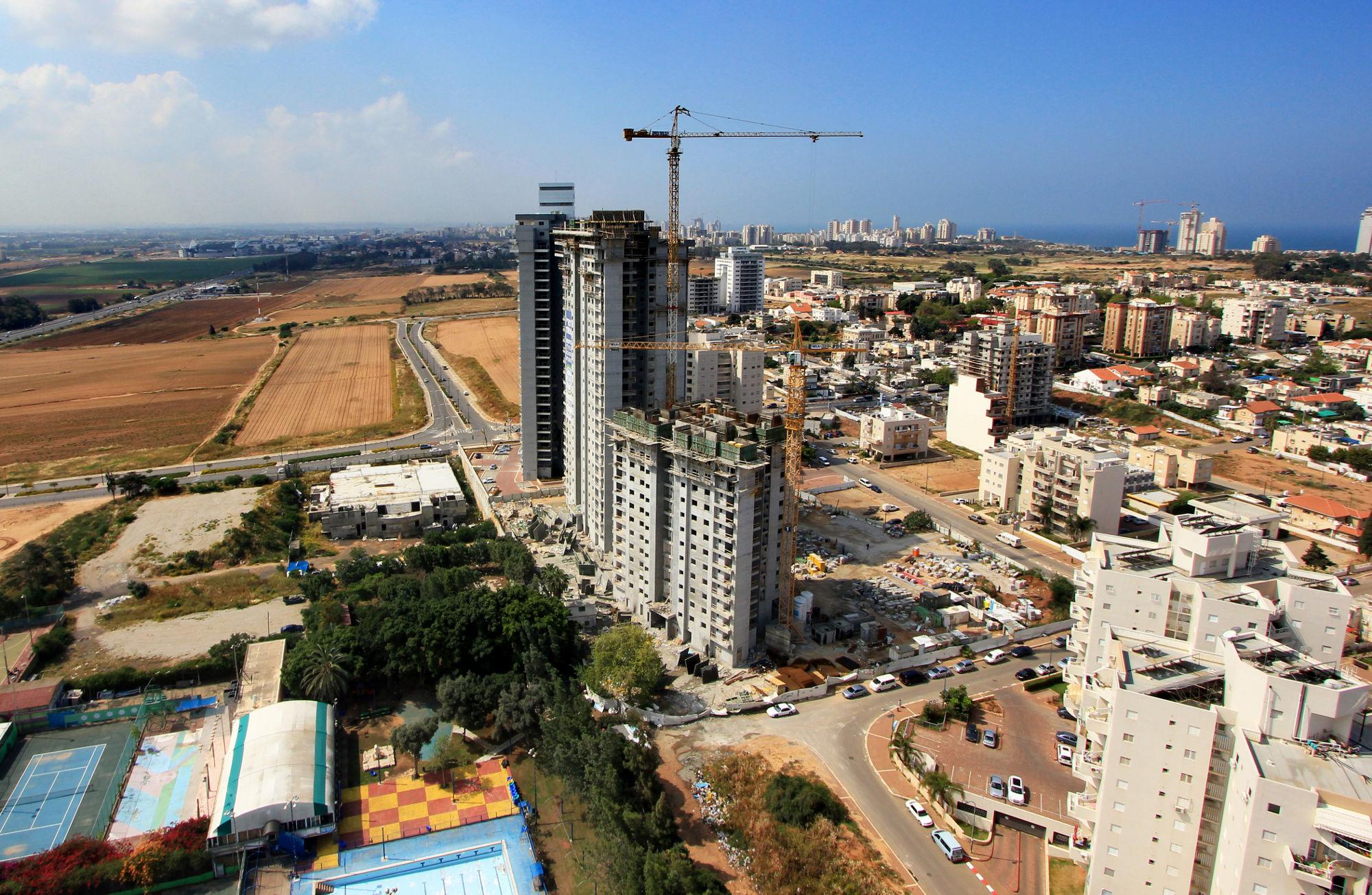 troy נתניה - בניית דירות חדשות
